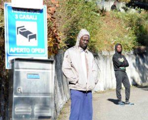 Anfo profughi corriere tre casali